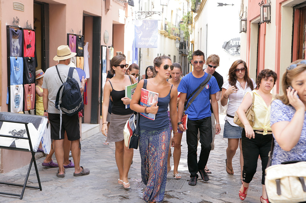 study Spanish courses in Seville and experience a new culture