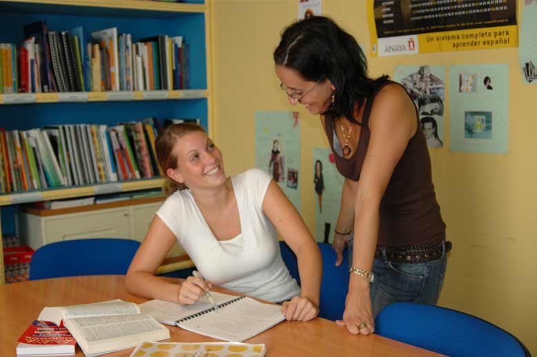 FAQ-Language course abroad, improve your Spanish skills with intensive lessons.