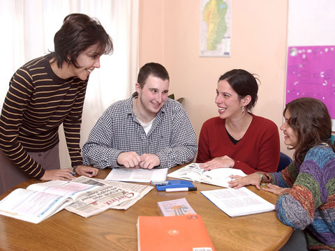 Study Spanish courses in Córdoba. Meet new people, from all ages and cultures on the language course.
