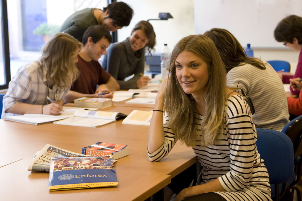 Decide between intensive courses and super intensive courses